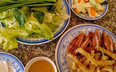 Vietnám, finomságok és a műanyag sámlik hazája